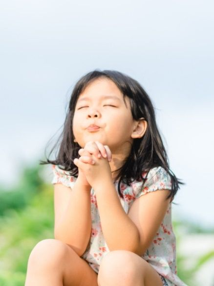 Anak Kecil Berdoa Kristen : kecil, berdoa, kristen, Natal, Ajari, Berdoa, Penuh, Kesungguhan!, Begini, Caranya, Kumparan.com