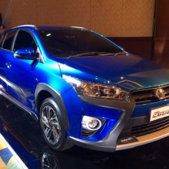 Toyota Yaris Trd Vs Honda Jazz Rs All New Camry Hybrid 2018 Membandingkan Duo Primadona Hatchback Sportivo Foto Tam