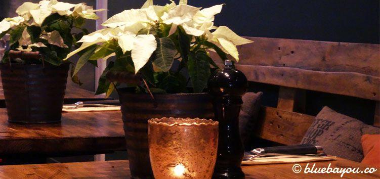 Tischdekoration im Restaurant Edelsatt in Hamburg Winterhude.