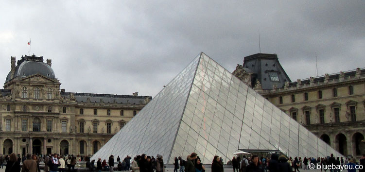 Der Louvre in Paris.