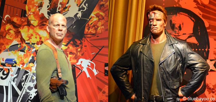 Arnold Schwarzenegger und Bruce Willis bei Madame Tussauds in London.