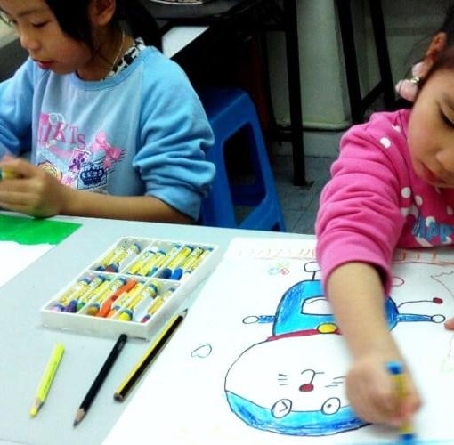 兒童塗鴉畫班