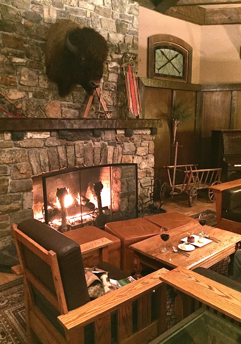 Deer Lodge great room and fireplace