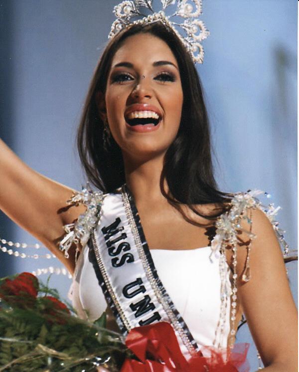 Amelia Vega Winning Miss Universe 2003 THE BLUEBLACK2010