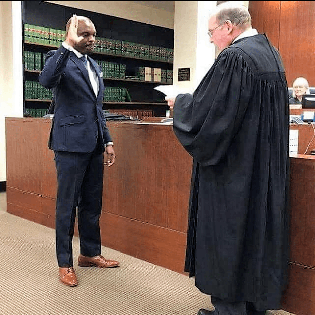 "https://bluebloodz.com/index.php/2020/08/14/uniben-graduate-becomes-judge-of-""snohomish-county-superior-court-""-in-the-u-s/‎(opens in a new tab)"