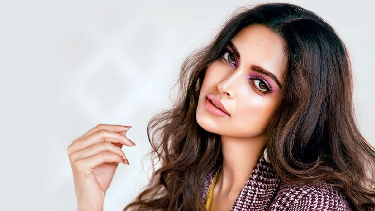 Deepika Padukone & Other Bollywood Star ACTRESSES Questioned By NARCOTICS BOARD .