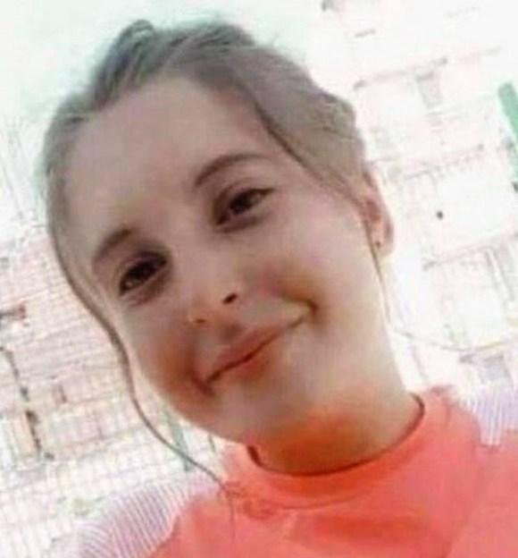 Chaïma: Algeria WOMEN PROTEST OVER  Teen's Rape And Murder.