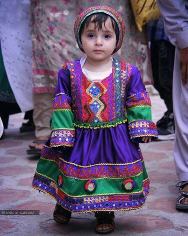 #AfghanistanCulture Trends as Women Oppose Taliban Black Hijab Order.