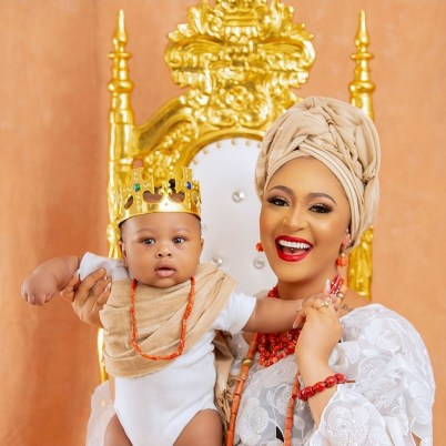 Rosy Meurer and husband Olakunle Churchill  have officially revealed the face of their new born son , after months of birthing the child.