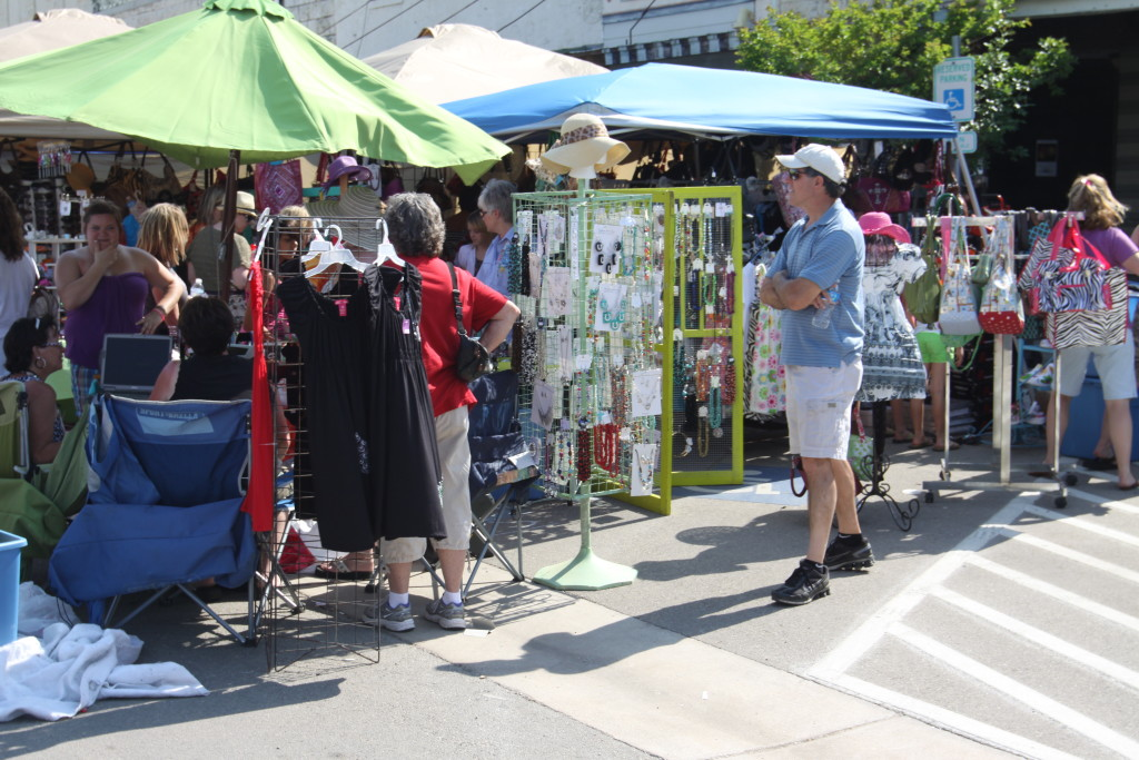Arts  Crafts Vendors  Bluebonnet Festival