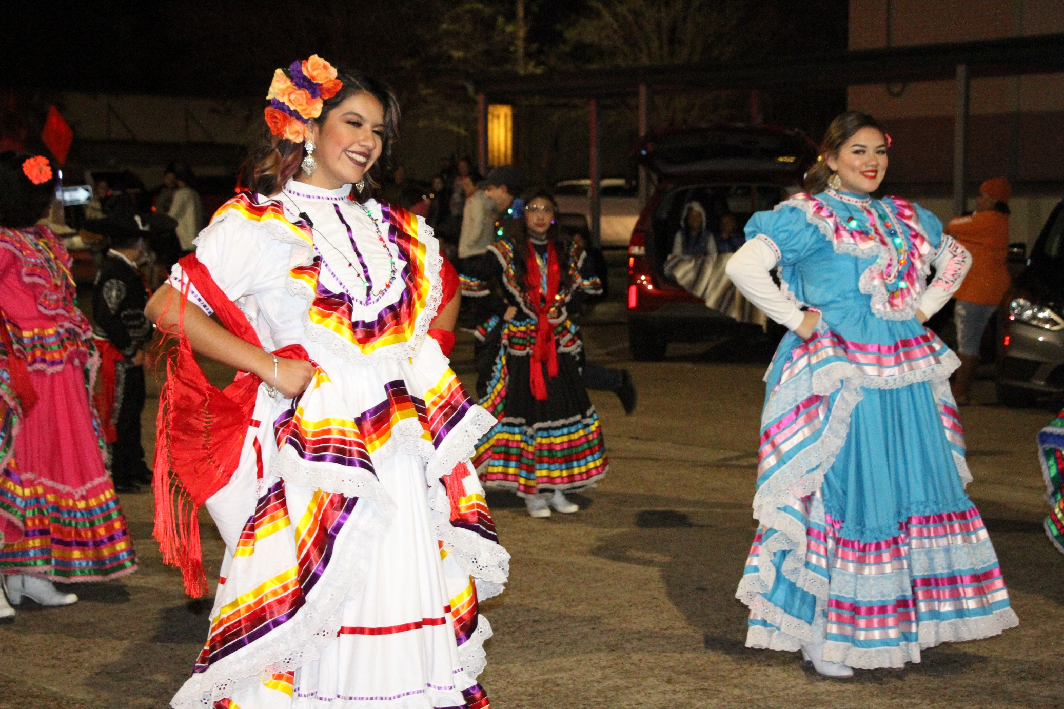 Christmas parade, festival light up downtown Liberty | BluebonNews