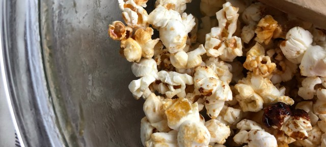 The Best Homemade Popcorn Recipe - Sweet & Salty - 4 Ingredients Only