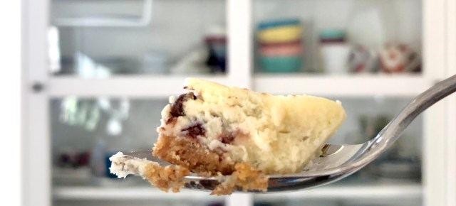mini chocolate chip cheesecake where the blueboots go | bluebootsgo.com