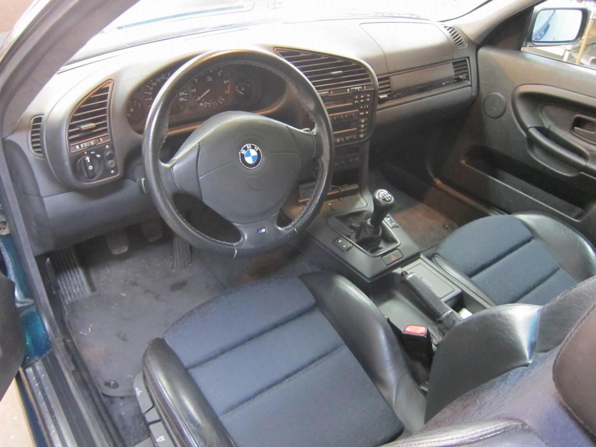 20130808-bmw-318is-02