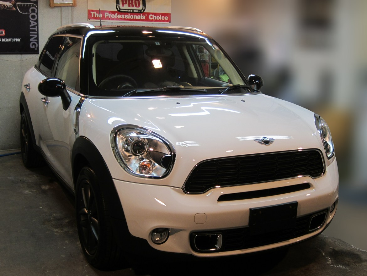 20131002-mini-coopers-crossover-01