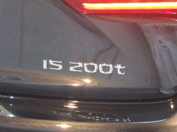 20151226-lexus-is200t-09