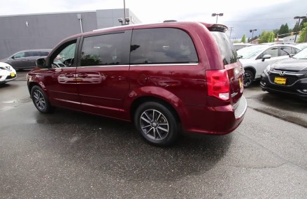 2017 Dodge Grand Caravan SXT   Octane Red    HR611739   Redmond   Seattle at Naples 34114 FL