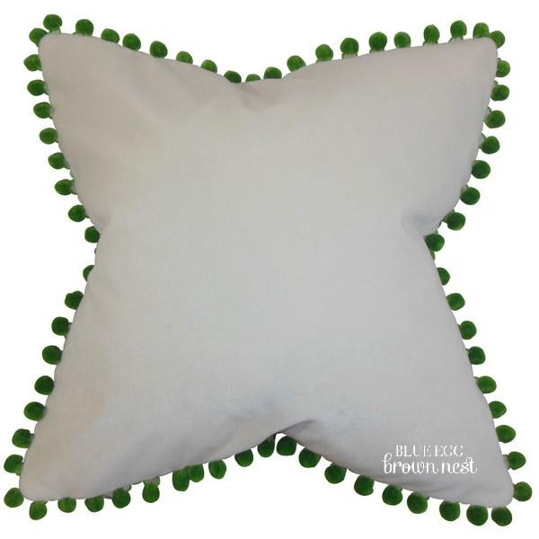 Emilie-Pillow