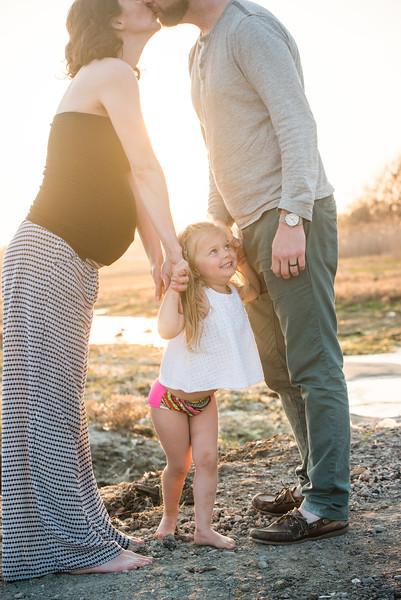 Ari Matt and Appleby Maternity Rhode Island Photography Blueflash