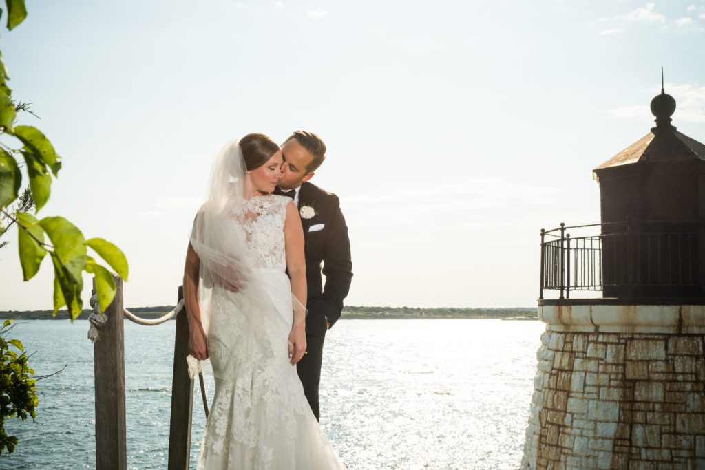 Castle Hill Newport Wedding Paige and Blake Blueflash Photography6