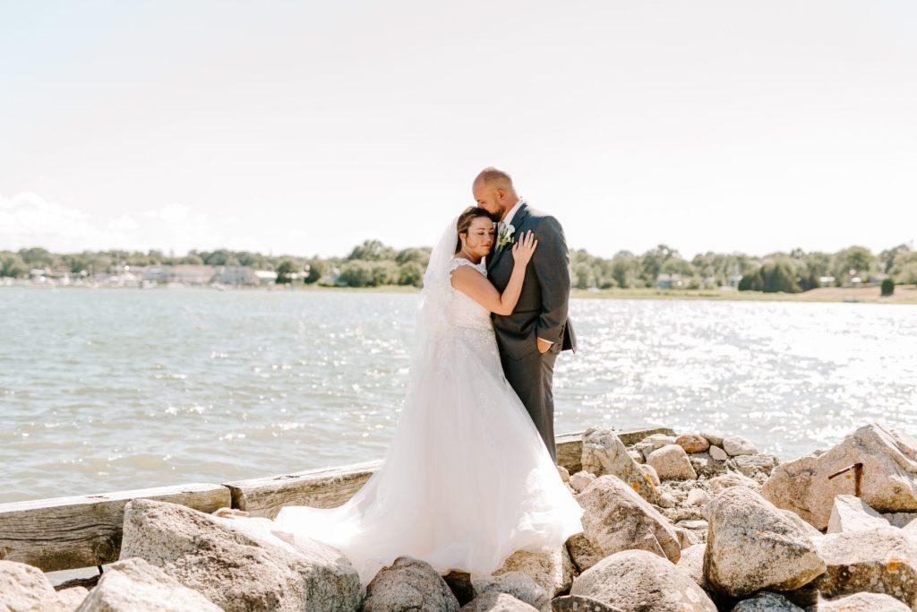 Jones River Trading Post Kingston Wedding Leanne and Craig Blueflash Photography11
