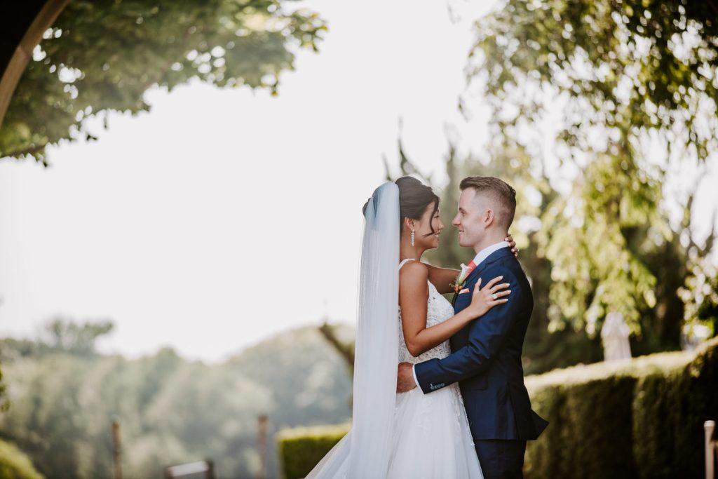 Ocean Cliff Newport Wedding Gena and Ricky Blueflash Photography13