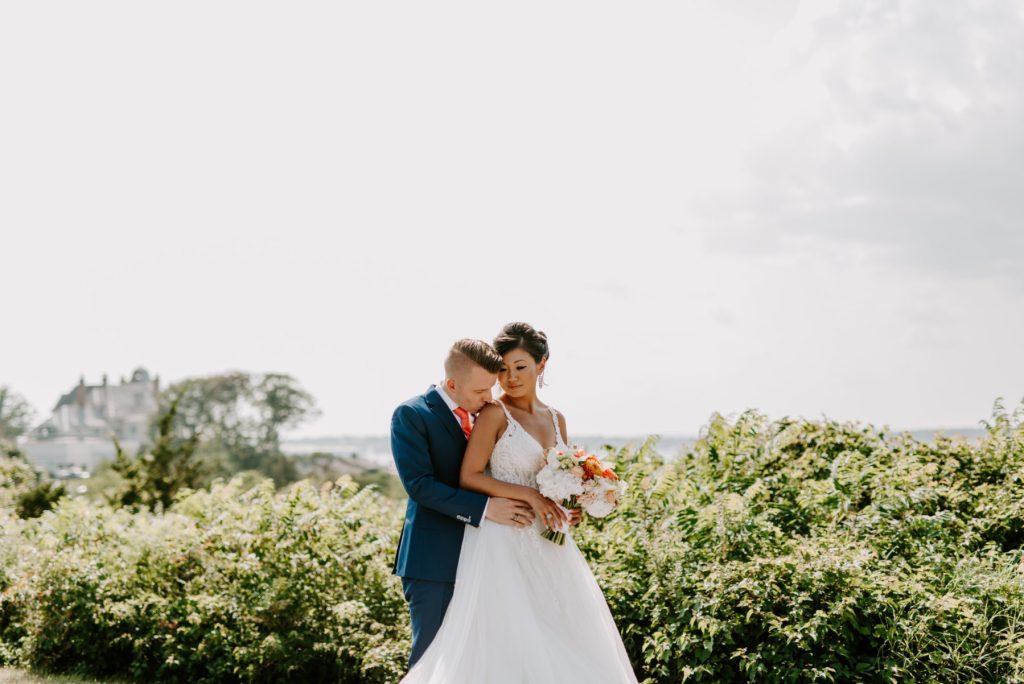Ocean Cliff Newport Wedding Gena and Ricky Blueflash Photography22