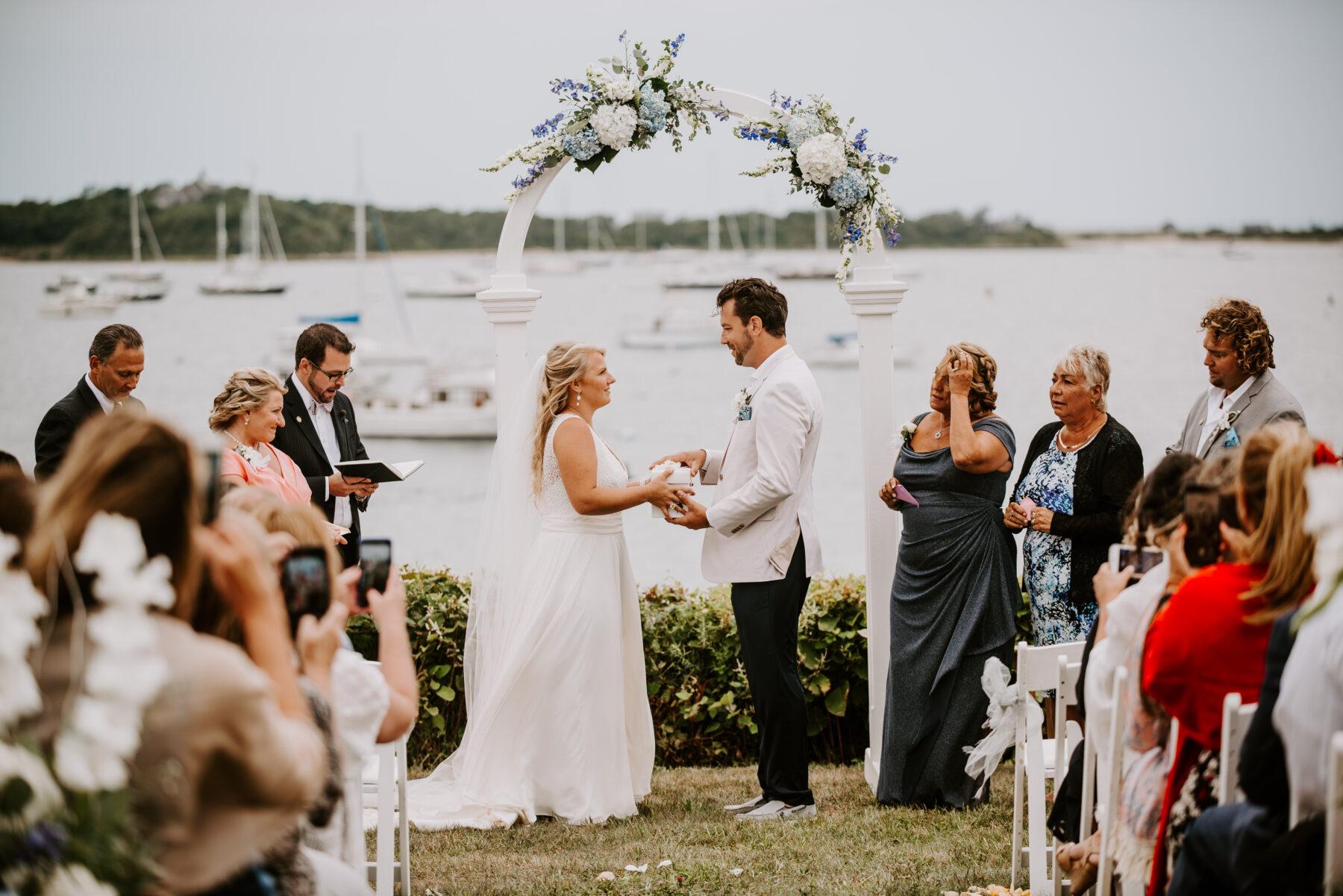 Sullivan House Block Island Wedding Amy and Nick Blueflash Photography 12