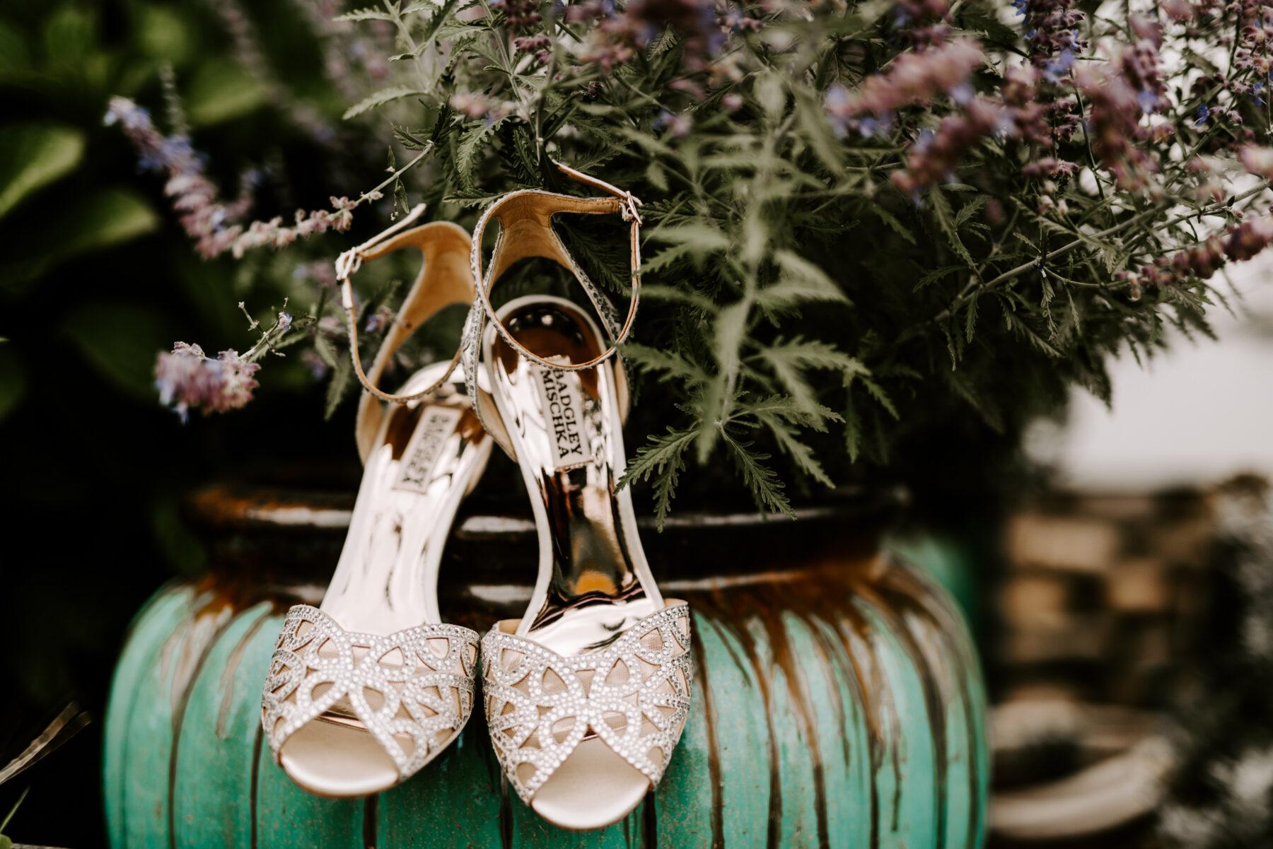 Sullivan House Block Island Wedding Amy and Nick Blueflash Photography 2