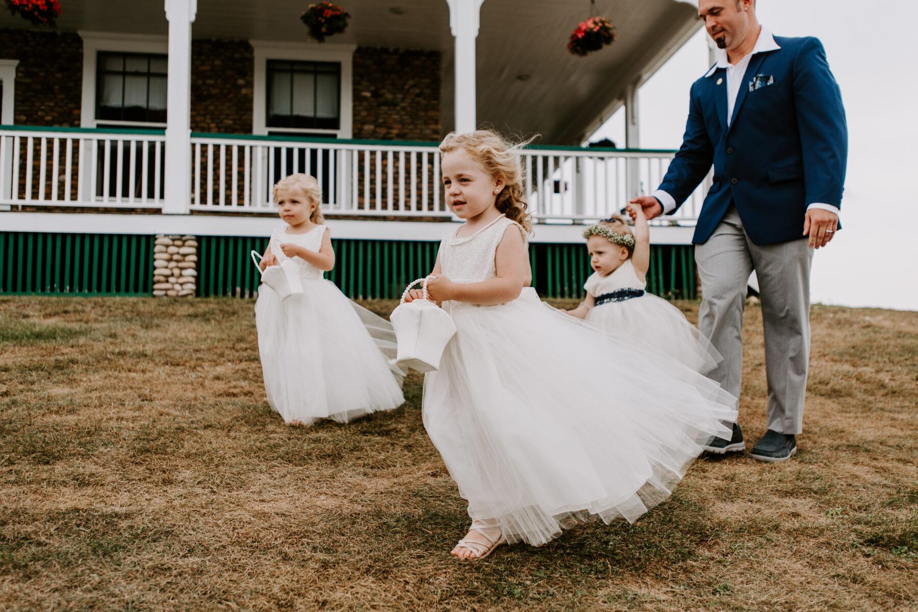 Sullivan House Block Island Wedding Amy and Nick Blueflash Photography 6