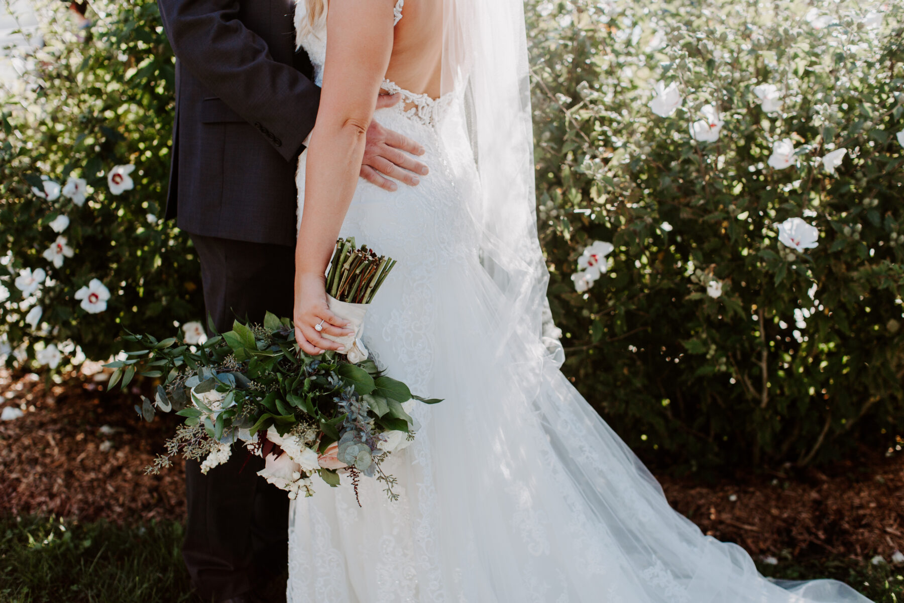 Spring House Block Island Wedding Abby and Lance Blueflash Photography 11
