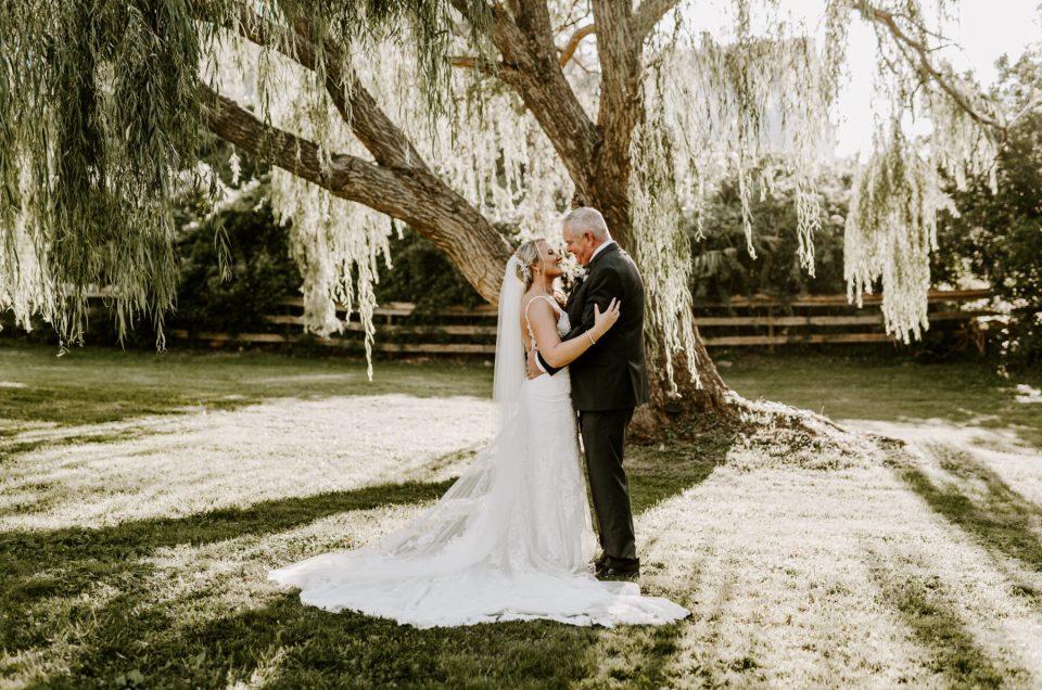 Spring House Block Island Wedding Abby and Lance Blueflash Photography 14