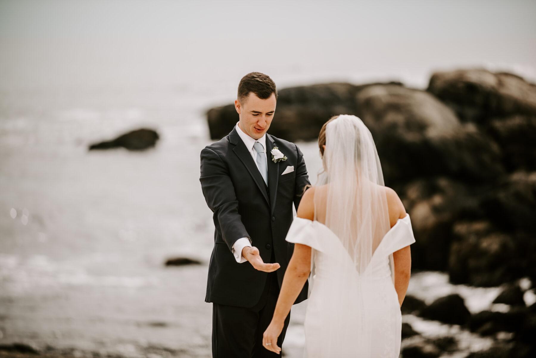 OceanCliff Newport Wedding Carley and Brian Blueflash Photography 8