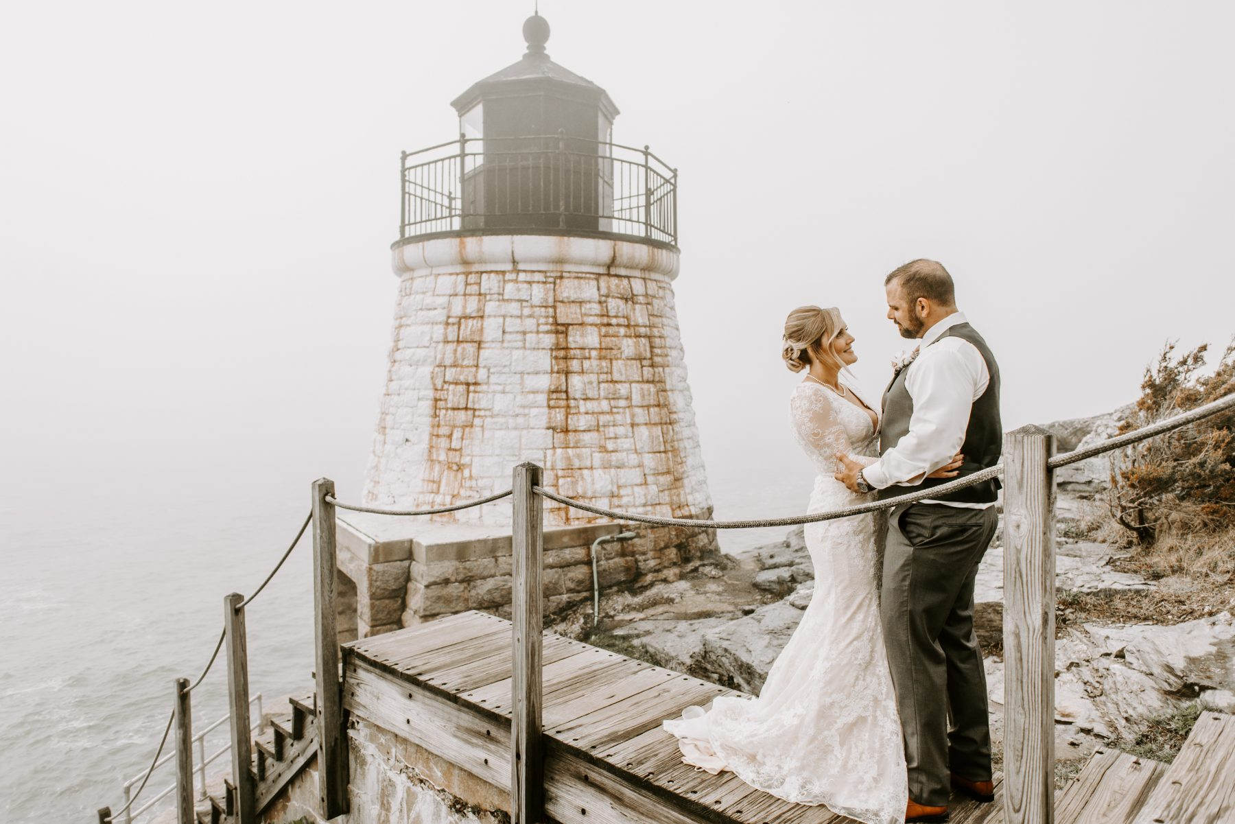 Castle Hill Newport Elopement Lorrie and Ed Blueflash Photography 10