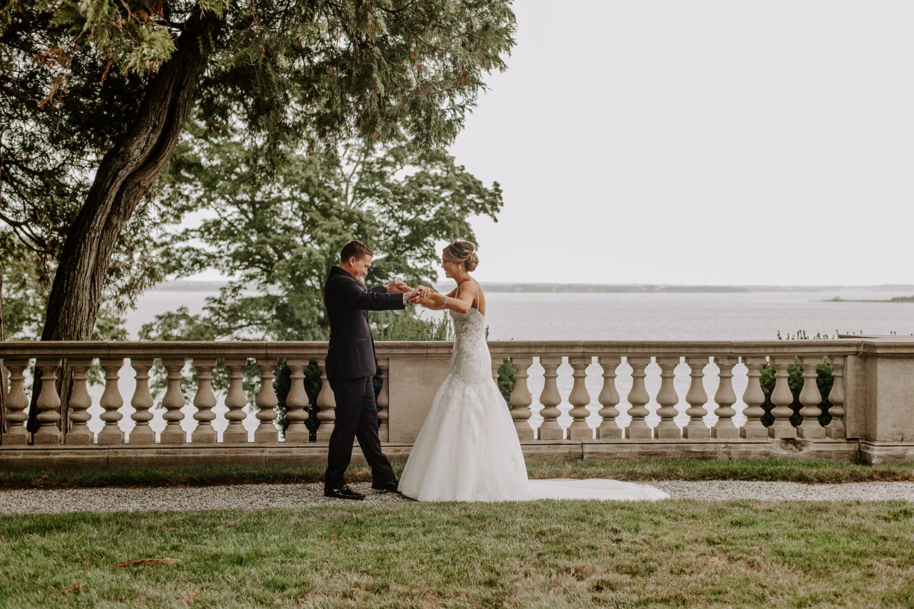 Aldrich Mansion Warwick Wedding Lauren and Paul Blueflash Photography 18