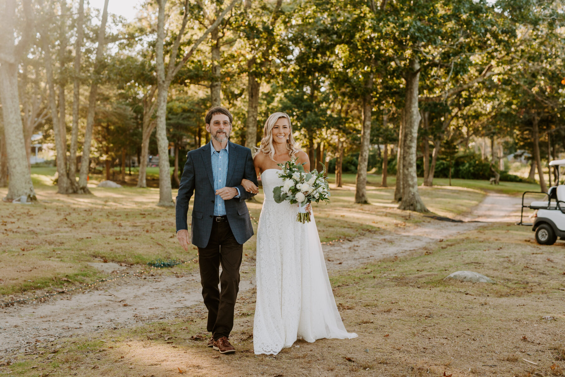 Outdoor Nonquitt Wedding Grace and Andrew Blueflash Photography 15
