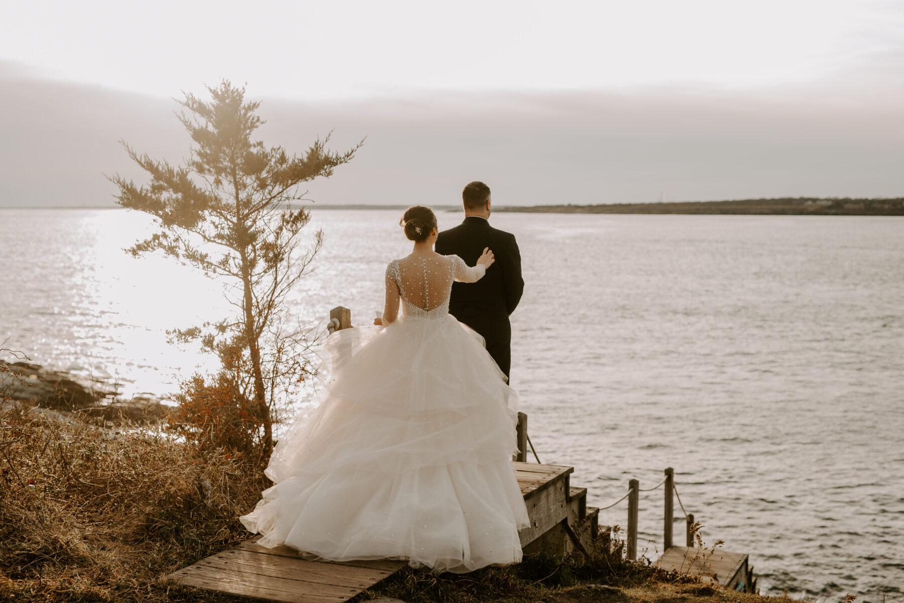 Oceancliff Newport Wedding Danielle and Scott Blueflash Photography 6