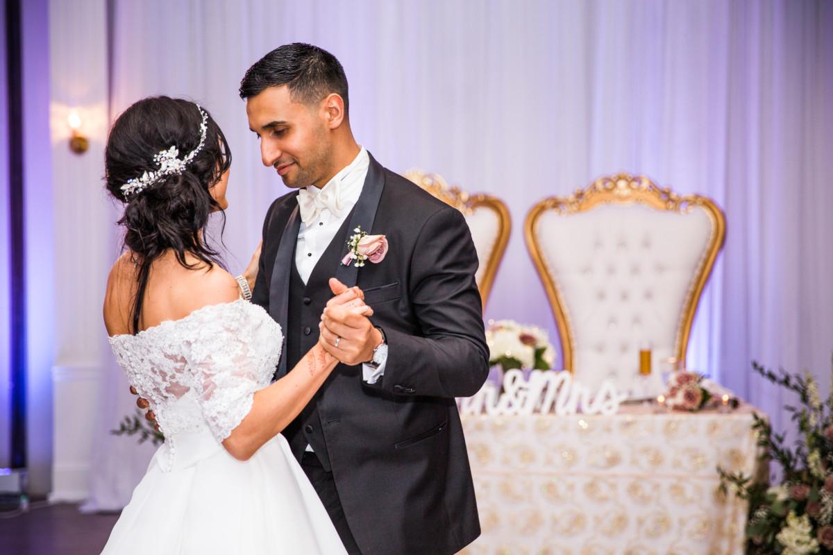 Amanda and Aref | Gurney's Newport Wedding | Blueflash Photography