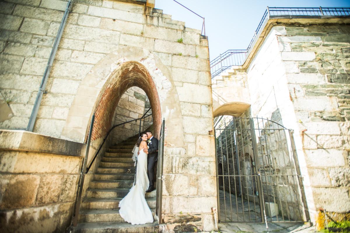 Jackie and Gunter | Fort Adams Wedding | Blueflash Photography