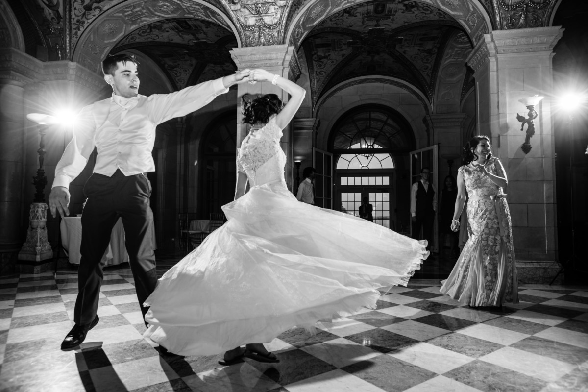 Maita and Matt  | Wedding at Aldrich Mansion Warwick, RI | Blueflash Photography