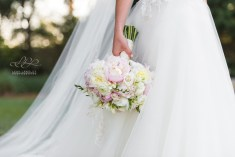 A gorgeous bouquet filled with only the most beautiful flowers – Peonies, Ranunculus, Freesia and of course some spray roses.