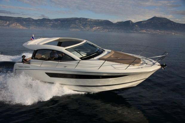 Jeanneau Leader 10 – Blue Hat Boat Rentals