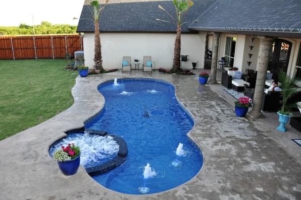Allure Blue Hawaiian Pools of Michgan Leisure Pools (6)
