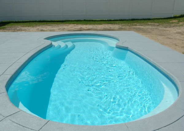 in ground swimming pool builder Michigan Clarston, Milford, Fenton, Oxford, Lansing, Shelby Mi. inground Swimming pool Installation Clarkston Michigan Swimming Pool Sale www.bluehawaiianpoolsofmichigan.com 16 - blue hawaiian pools of michigan sea swirl pool 13b