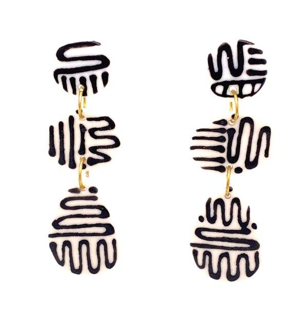 Squiggled Fangs Pebbles Porcelain Earrings