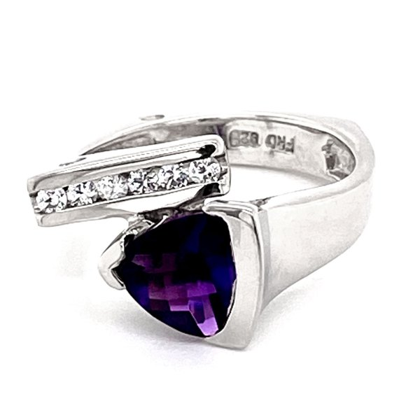 Trillion Cut Amethyst Ring front view.
