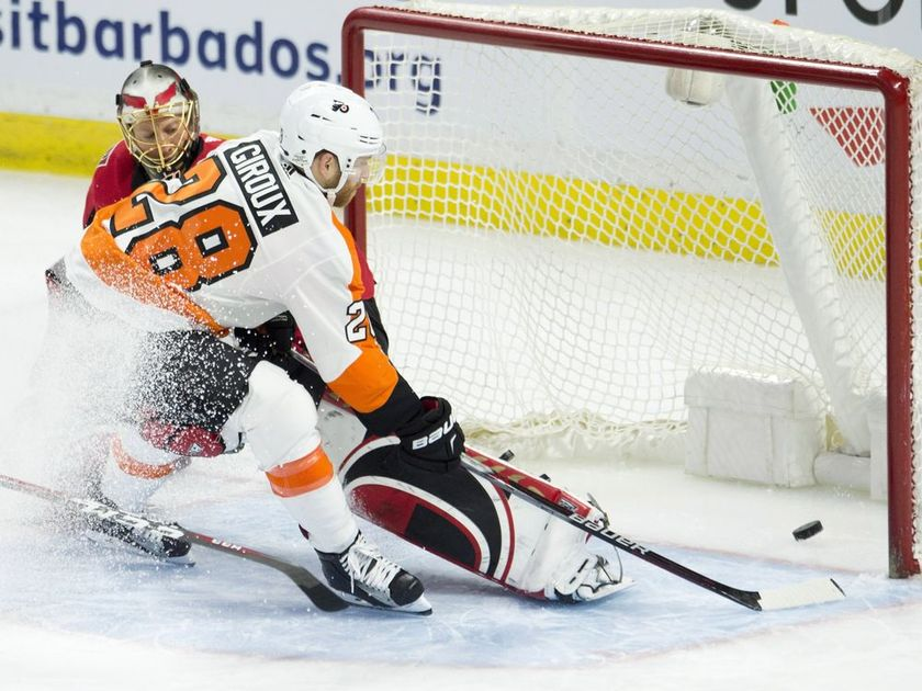 Depleted Senators make late push but fall to Flyers