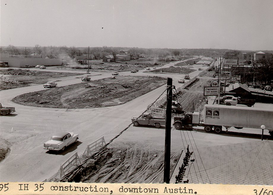 i35_downtown_from_el_matamoros_restaurant_looking_south_3_1960.jpg