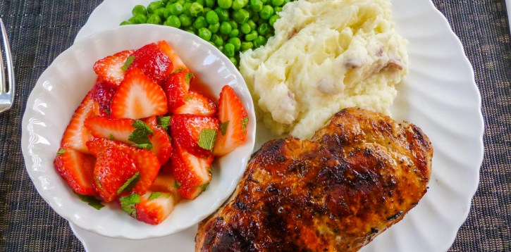 Summer Meal: Spicy Chicken, Peas, Fresh Strawberries, and Mash Potatoes