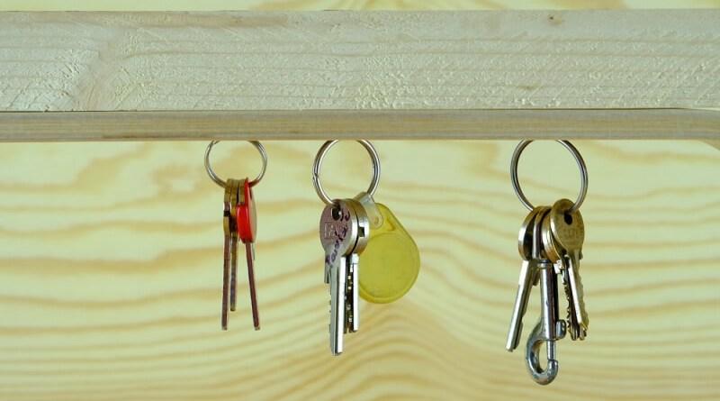 magnetický držák klíčů